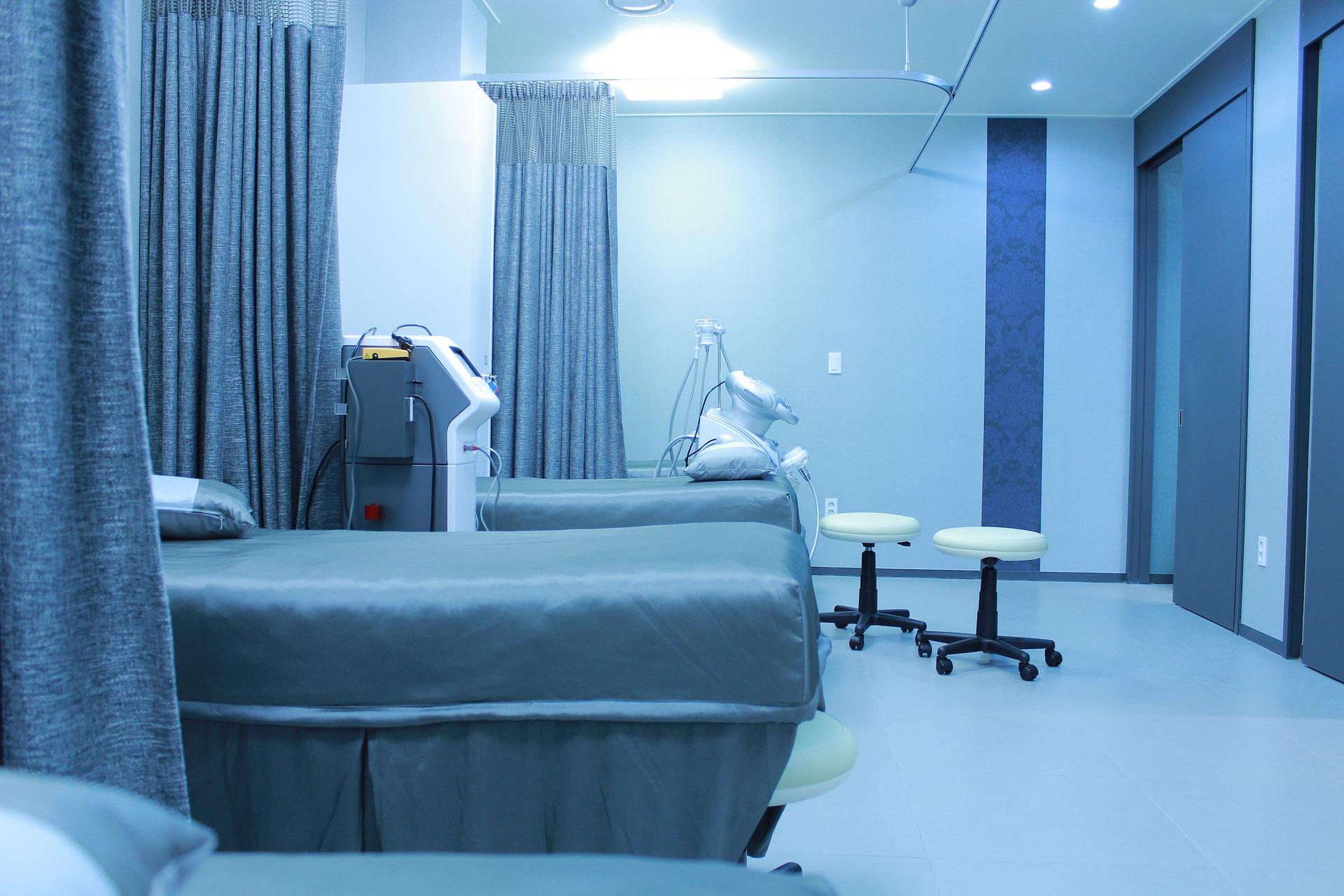 hospital-ward-1338584_1920